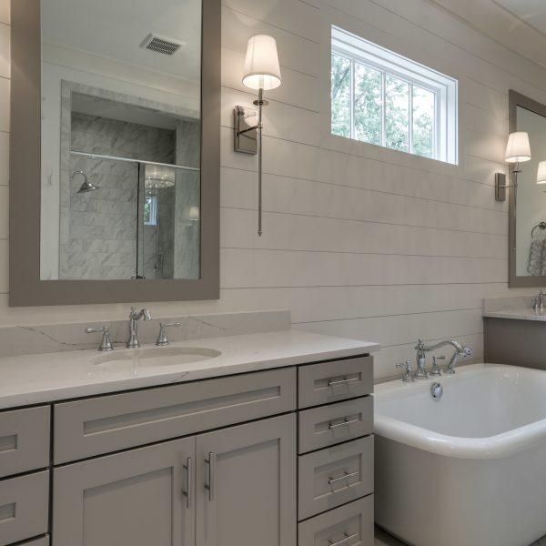 Legend Homes - Master Bath